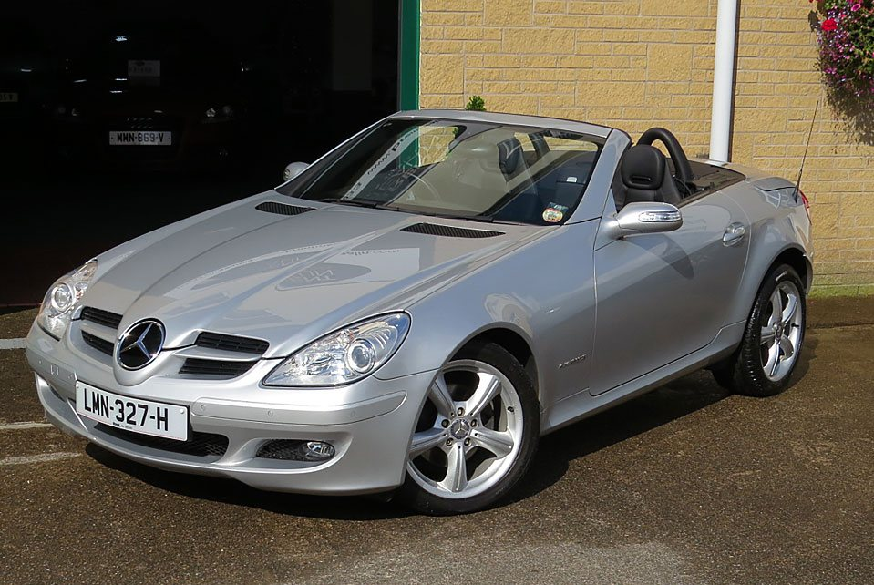mercedes slk 200k tiptronic convertible brent mealin. Black Bedroom Furniture Sets. Home Design Ideas