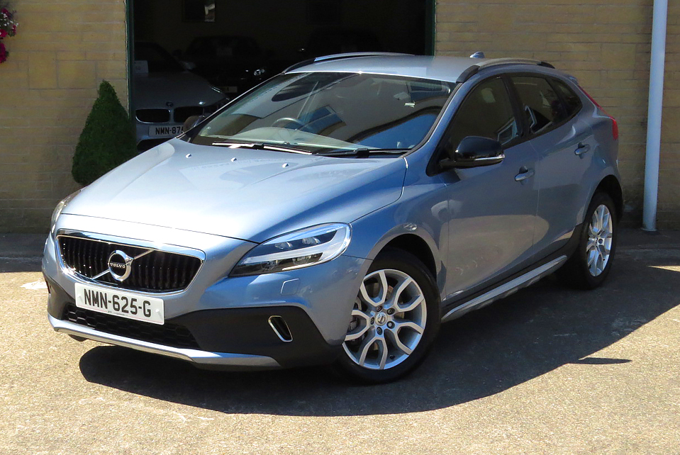 Volvo V40 D2 PRO' Cross Country