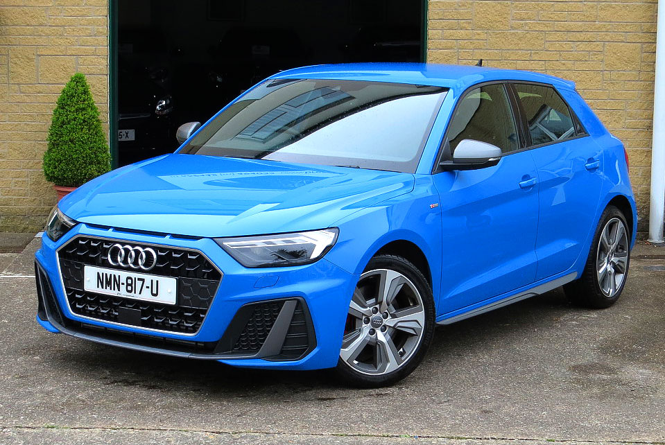 Audi A1 40 TFSi ( 200ps ) S-Tronic S-Line Competition