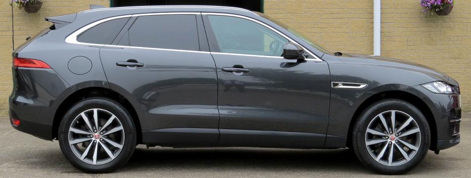 Jaguar F-Pace 2.5D-A Portfolio AWD