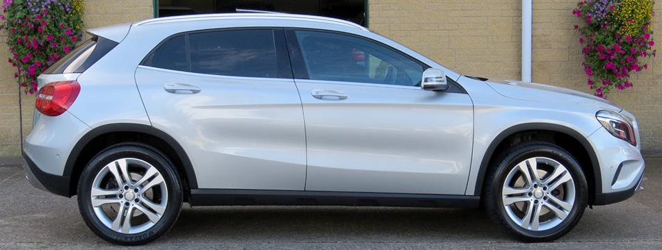Mercedes GLA250-A AMG Sport Premium Plus 4-Matic